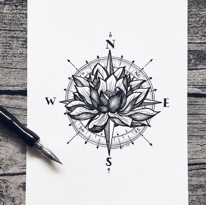 Compas tatouage dessin, idée tatouage colonne vertebrale femme, tatouage fleur de lotus et compas