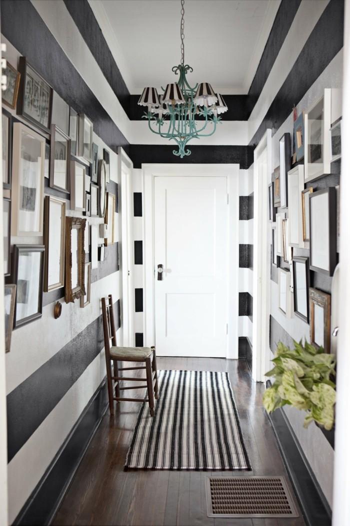Noir et blanc couloir, rayé pour sembler encore plus long, de quelle couleur repeindre un couloir étroit et court