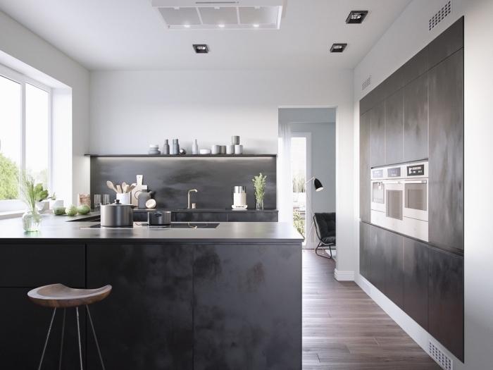 décoration cuisine grise et blanche, agencement cuisine en u à design ouvert, design intérieur contemporain