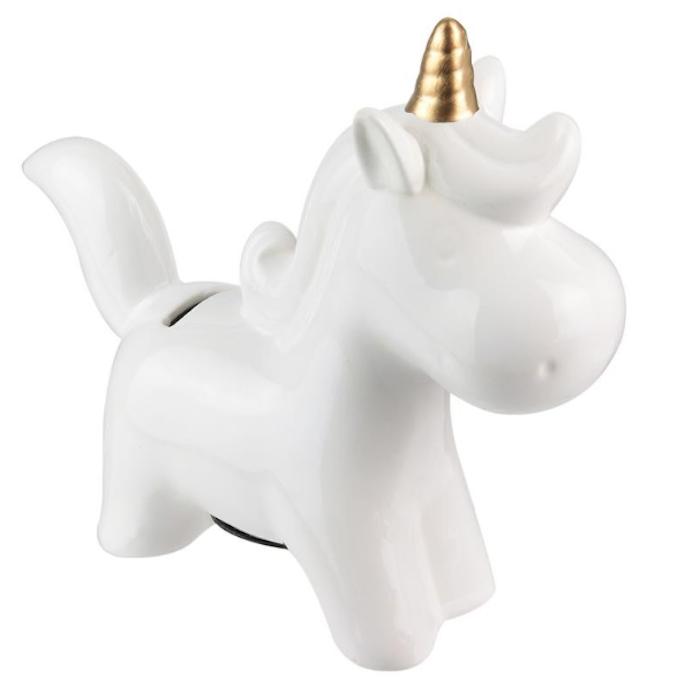 Tirelire licorne blanche pas chère tradaka pour compléter une décoration de chambre enfant