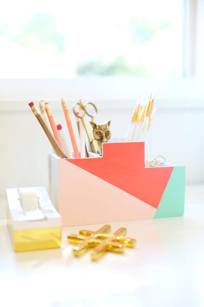 idée rangement de bureau avec objets DIY, modèle organisateur bureau fait main, exemple accessoire bureau DIY