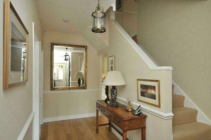Taupe murs, entrée couloir et escaliers, couleur pour un couloir étroit, tapis de couloir oriental étroit