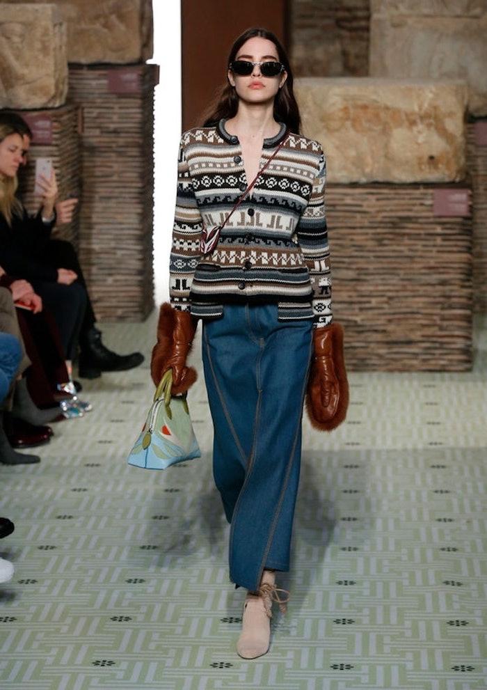 Mode femme actuelle, gilet chic tendance automne hiver 2019 2020, idée tenue d'automne 2019