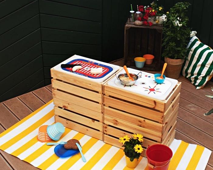 construire une kitchenette enfant avec des cagettes ikea knagglig, ikea boite rangement knagglig détourné en meuble d'extérieur