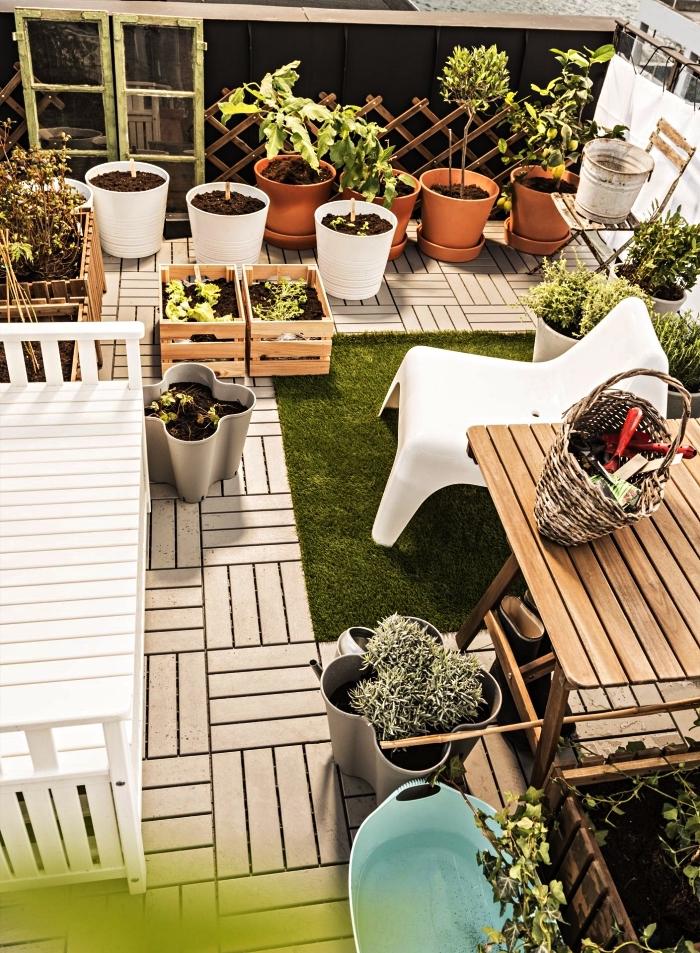 ikea boite rangement knagglig détournée en jardinière, idées pour aménager un jardin ou potager sur terrasse