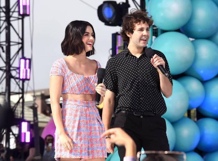 Tout ce qu'il y a à savoir sur la 21e cérémonie des Teen Choice Awards 2019, présentateur Lucy Hale et David Dobrik