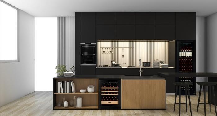 exemple cuisine moderne avec plan de travail noir, aménagement de cuisine ouverte en longueur avec îlot bar