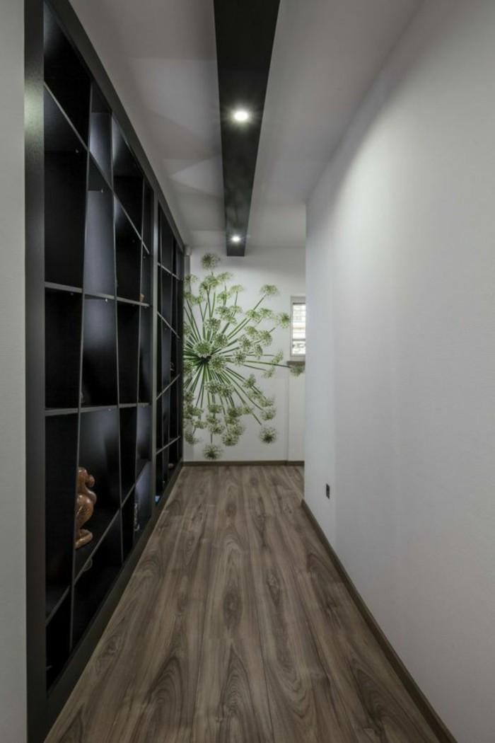 Sticker mural fleur vert, aménager un couloir très étroit, cosy couloir, utilisation d'espace