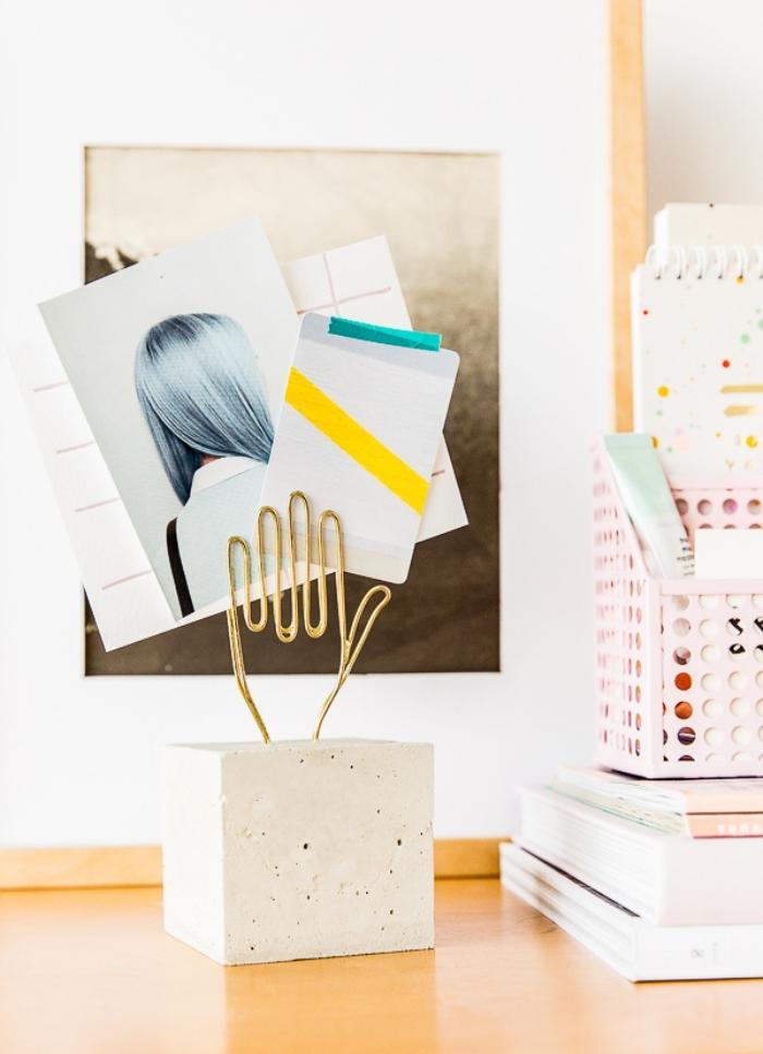 fabriquer un organisateur de bureau, modèle accessoire de bureau en béton et or, idée comment décorer bureau à domicile