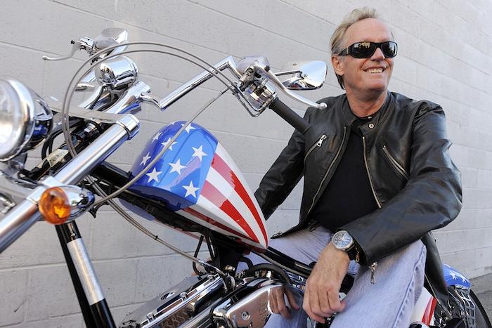 Anticonformiste dans l'âme, Peter Fonda incarnait l'esprit libertaire des années hippie avec son film Easy Rider