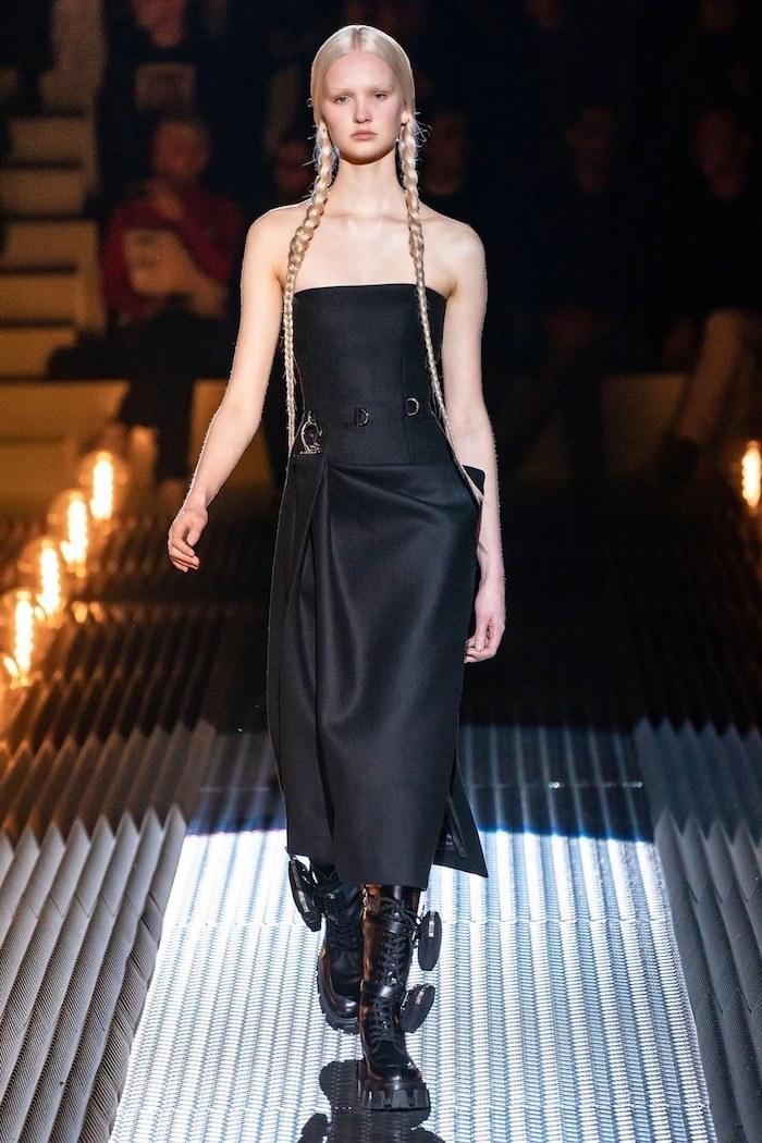 Punk tendances automne hiver 2019 2020, mode hiver 2019 2020, robe noire et chaussures punk trop cool