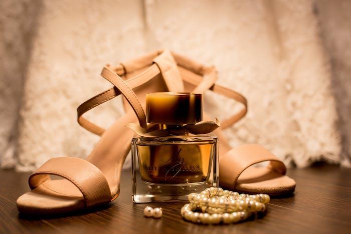 top 5 des parfums de luxe pour les amateur de luxe, idees de parfums de marques populaires
