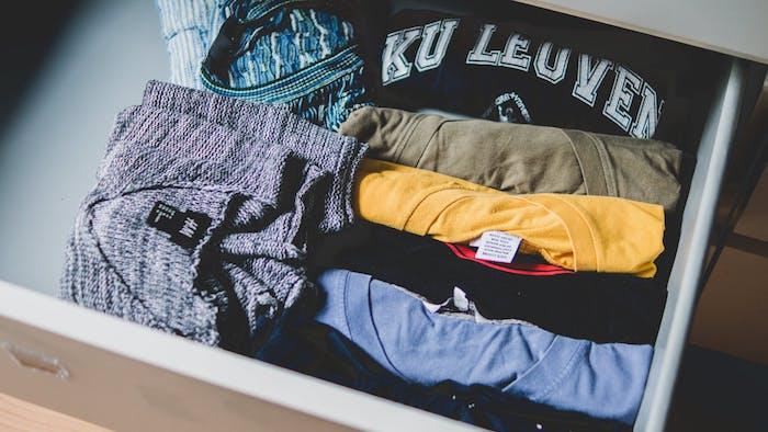 methode konmari et autres methodes pour ranger son dressing, armoire ou penderie fonctionnelle