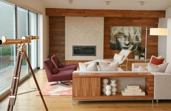 idée comment habiller un mur dans un salon moderne avec éléments rustiques, meubles de salon fauteuil relaxant