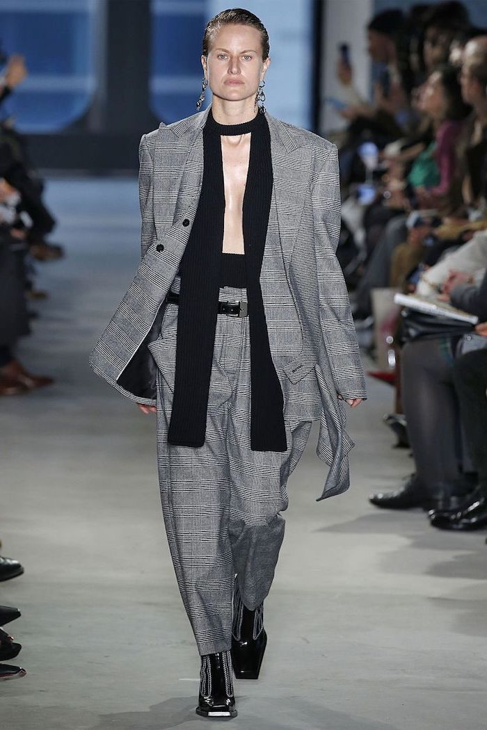 Femme gris tailleur, tenue chic femme, comment bien s'habiller, mode femme 2019