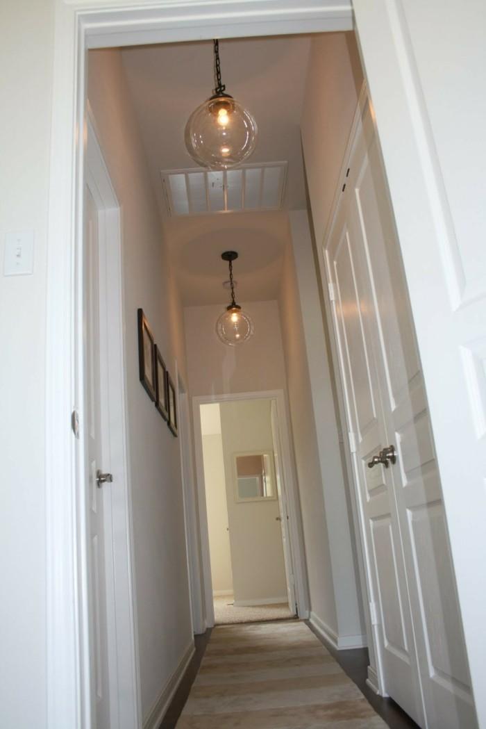 Couloir peinture étagère couloir étroit, éclairage artificiel pour couloir