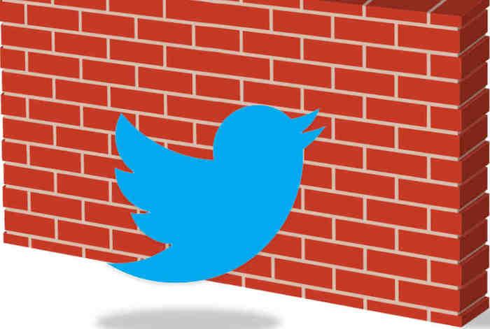 Face aux critiques sur sa gestion du cyber harcèlement, Twitter teste un nouveau filtre qualité pour DM