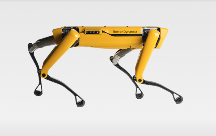 Boston Dynamics a lancé la commercialisation de son robot chien à quatre pattes Spot