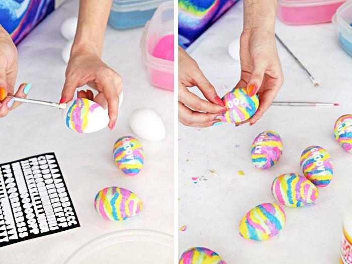 décoration d'oeufs avec du sable de couleur, bricolage de pâques facile, des oeufs de pâques multicolore à faire soi même
