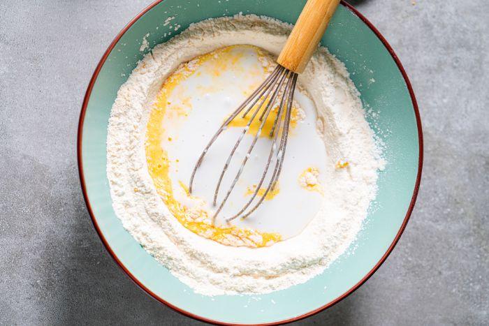recette crepes healthy a faire soi meme avec lait de coco, oeufs farine de riz et fecules de mais