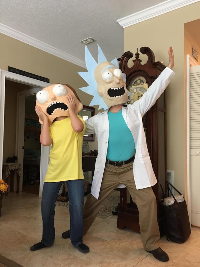 Rick et Morty deguisement halloween maison, idée déguisement drôle en commun Rick et Morty costumes et masques