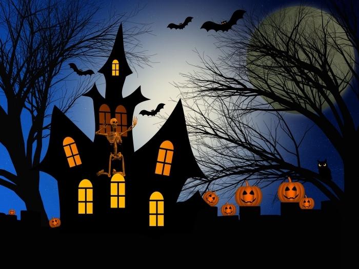fond d'écran horreur pour halloween, wallpaper ordinateur avec maison hantée à décoration extérieure avec citrouilles terrifiantes