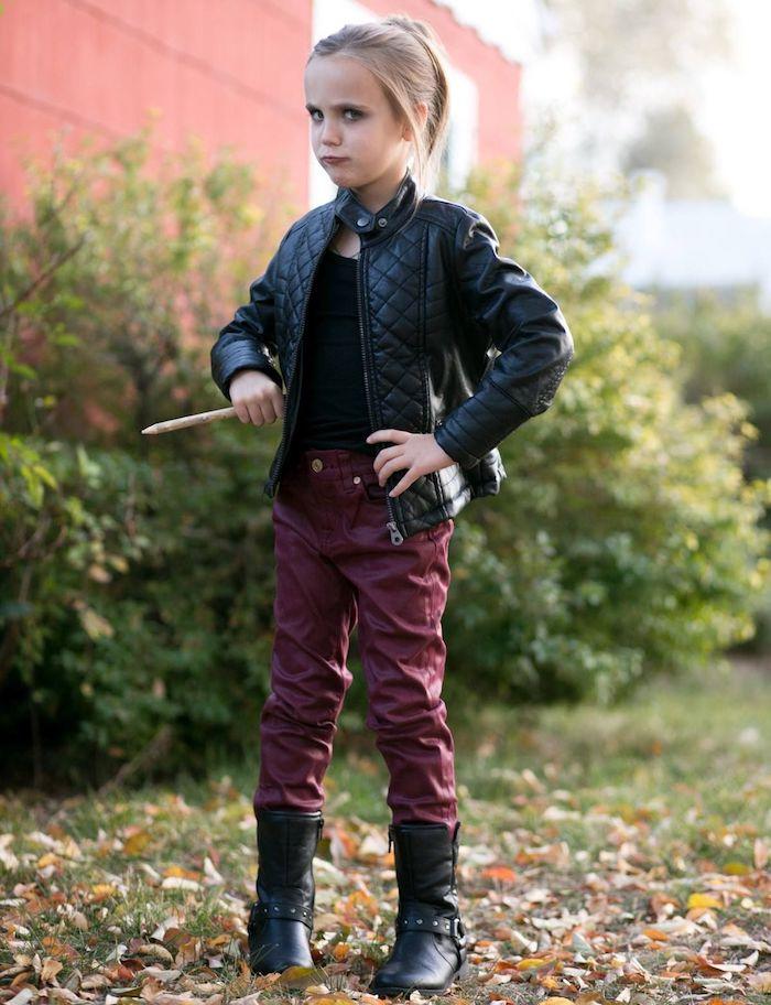 Déguisement Halloween enfant adorable, Buffy contre les vampires tenue année 90 mode, déguisement année 90, cool idée tenue vintage