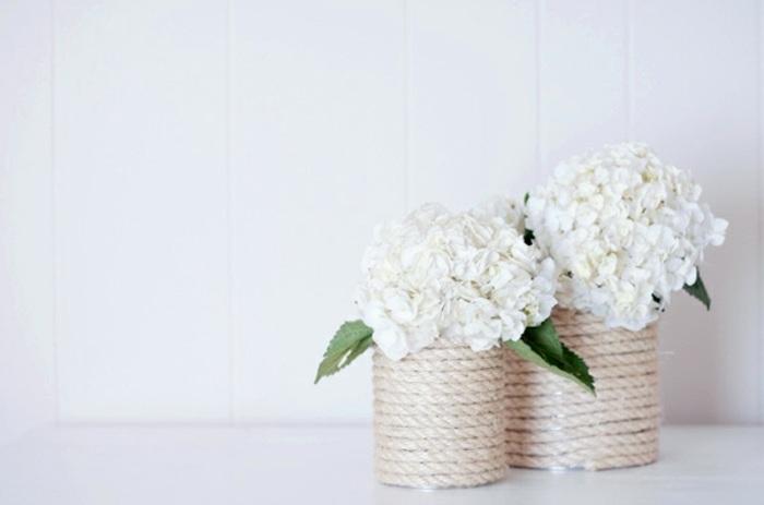comment faire un vase, idée bricolage automne facile, modèle de pot fleur DIY fabriqué avec corde et boîte conserve