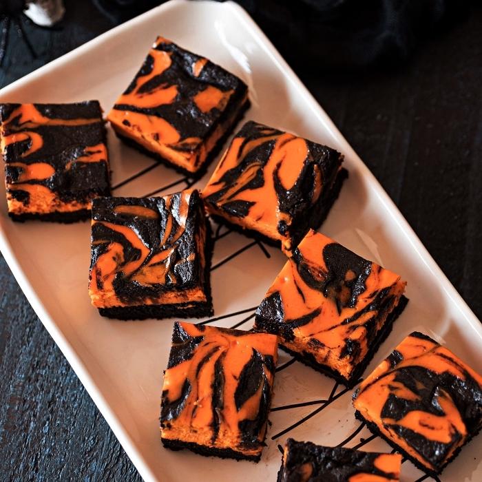 brownies marbrés façon cheesecake au chocolat et crème au fromage frais, recette halloween facile et rapide