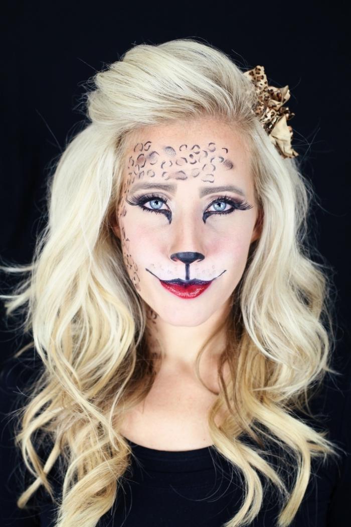 réaliser un maquillage simple pour halloween, idée déguisement femme en chat pour halloween, dessin visage chat