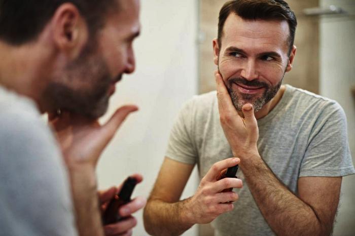 comment bien choisir son huile barbe et l'appliquer, les meilleurs produits pour entretenir sa barbe et ses moustaches