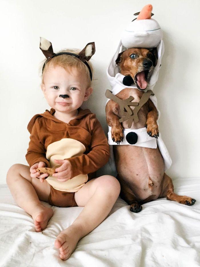 Bébé et chien adorable déguisement cerf et Olaf, La reine de neige deguisement halloween garcon, idée comment se déguiser bien