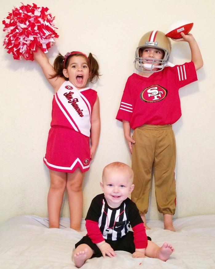 La groupe de baseball mignon deguisement halloween enfant, habiller son bébé pour halloween soeur et deux frères déguisements en commun