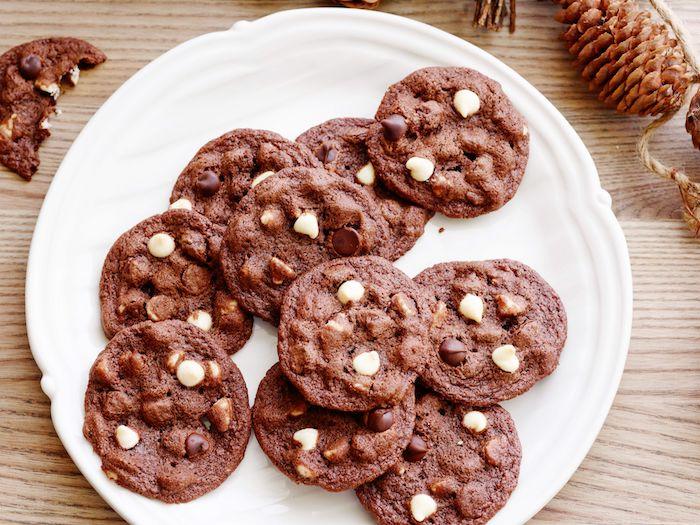 recette cookies chocolat blanc et chocolat au lait, cookies au cacao double chocolat a faire a la maison