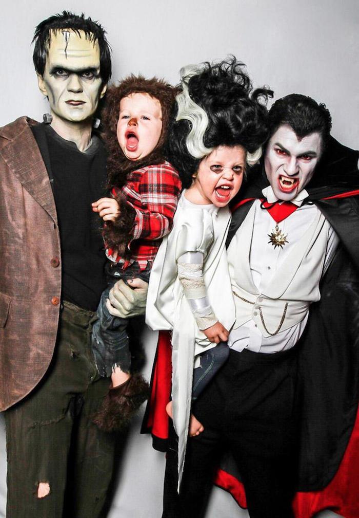 Neil Patrick Harris comme Frankenstein et son mari comme Dracula, déguisement famille, en commun déguisement photo inspiration pour deguisement bebe