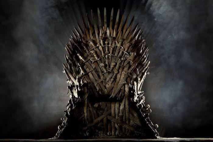 D'après Deadline, HBo aurait lancé la production d'un épisode pilote sur l'histoire des Targaryen