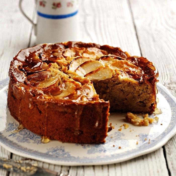 recette de gateau aux pommes et au miel, pâtisserie à base de pommes, gâteau moelleux aux pommes et au miel