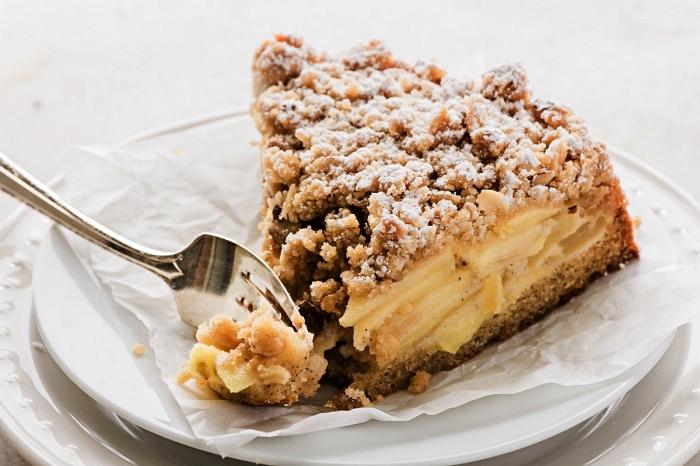 gâteau aux pommes facile et rapide, recette de tarte crumble pomme, cannelle et cardamome
