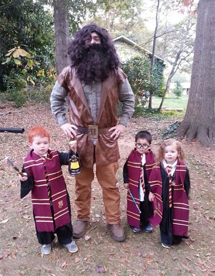 Hagrid et Harry Potter déguisement pour père et enfant, toutes les élèves de Poudlard pour Halloween, deguisement enfant, simple à réaliser deguisement tenue