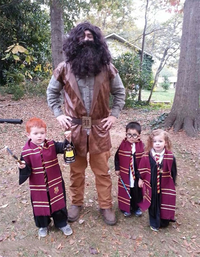 Hagrid et Harry Poter déguisement original, habit halloween simple à faire, enfants et père commun déguisement