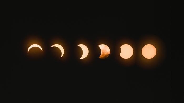 wallpaper les phases de la lune comme fond ecran halloween, photographie phases lunaires pour écran halloween
