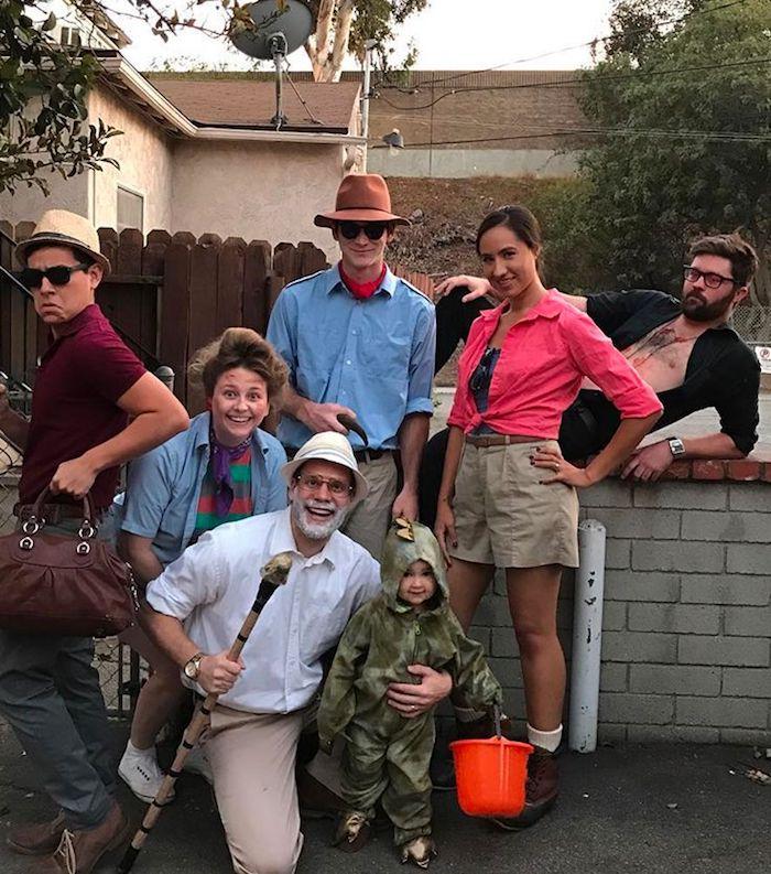 Famille et amies idée deguisement de groupe, photo déguisement année 90, deguisement couple original