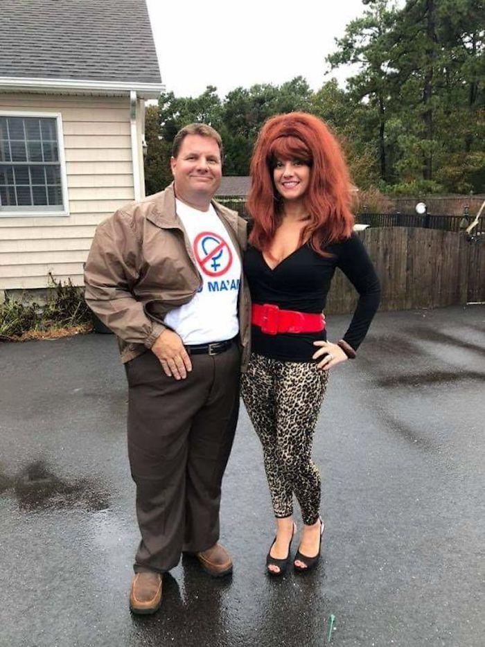 Mariées, deux enfants déguisement couple, Peggy et Al Bundy costumes, idée costume halloween, déguisement halloween femme original