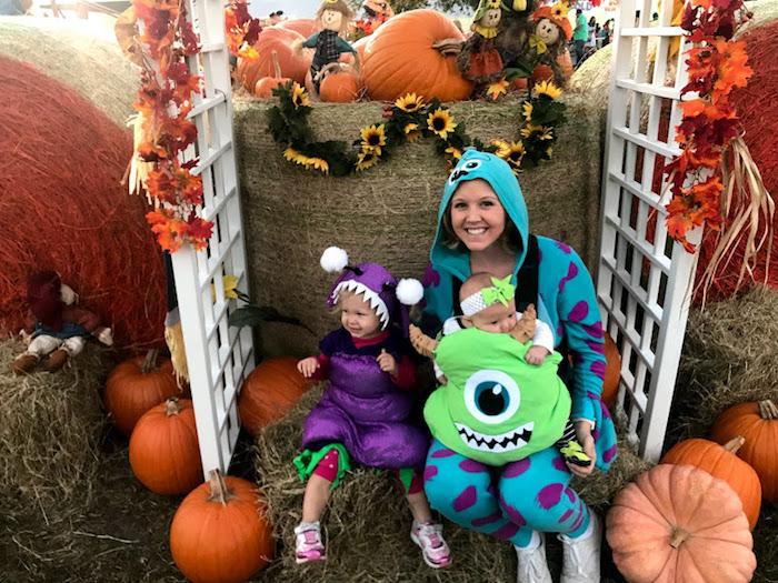 Monstres et cie deguisement princesse ou monstre, choix enfant 3 ans et bébé déguisé comme le monstre vert, déguisement halloween pour bébé