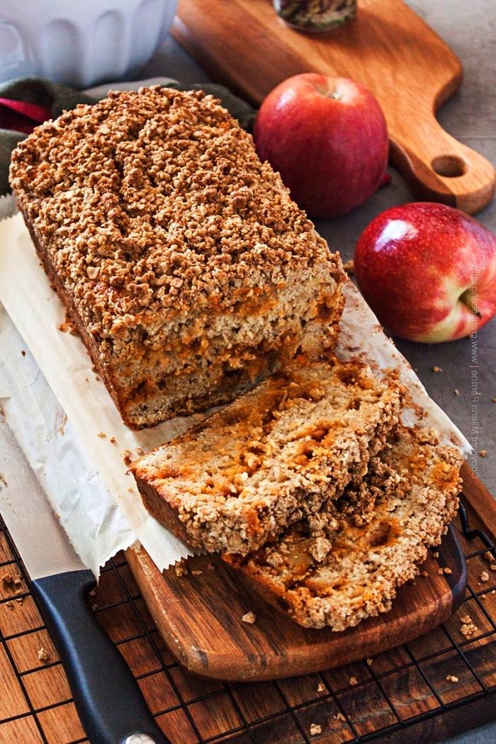pain aux pommes, au vinaigre de cidre, et à la cannelle, gâteau crumble aux pommes et à la cannelle