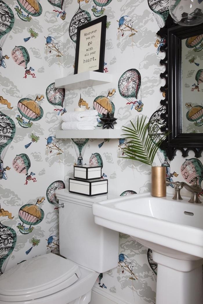 comment aménager ses toilettes, modèle de papier peint toilette imperméable à design ballons à gaz illustrations