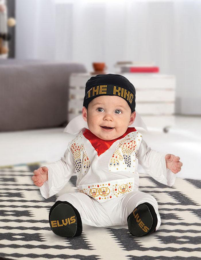 Bébé Elvis Presley déguisement homme célébre, le roi du rock bébé, photo inspiration pour deguisement bebe