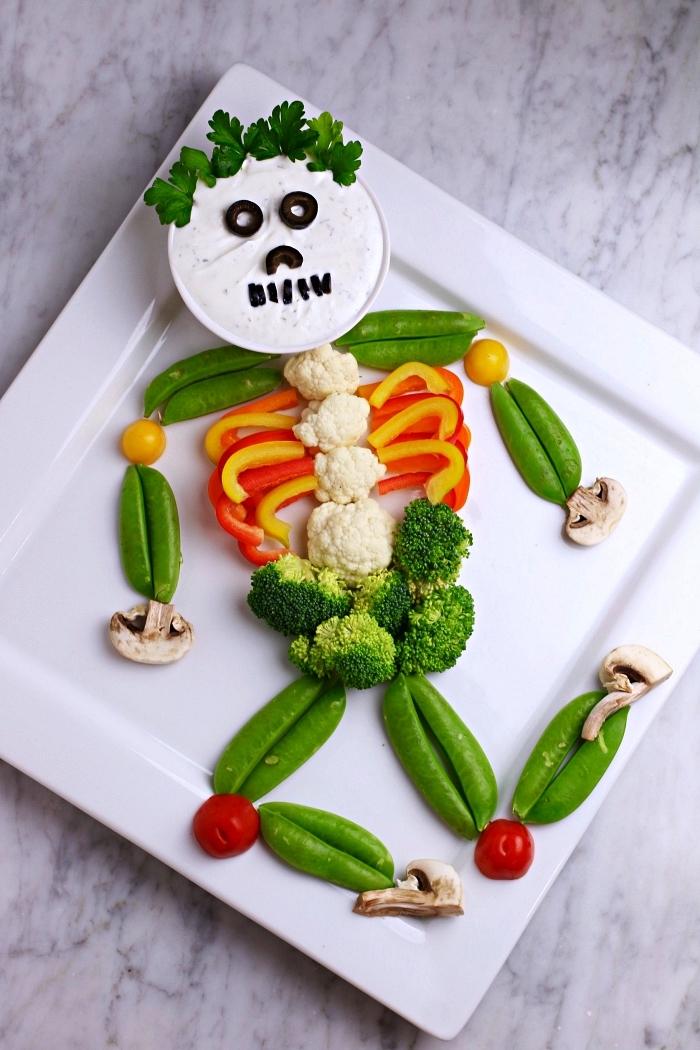 plateau de crudités en forme de squelette, recette minceur pour l'apéritif dinatoire d'halloween