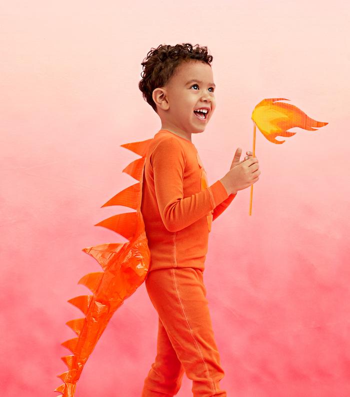Dinosaure et feu, costume orange garçon, deguisement enfant, deguisement Disney idée tenue