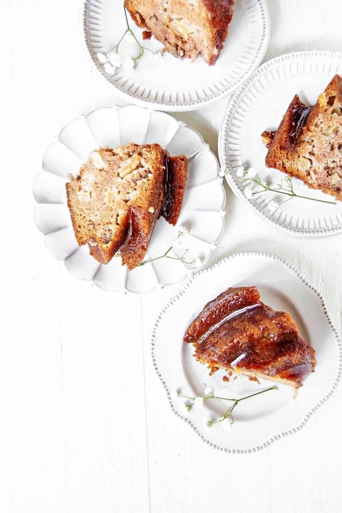 recette de bundt cake aux pommes et son glaçage de cassonade, recettes à base de pommes en pâtisserie